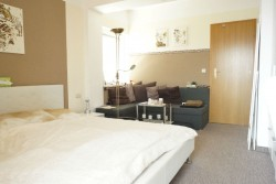 Sun-and-See-Room-Only-Zimmer-2